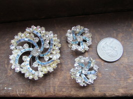 Vtg Clip Earrings, Broach Pin Crystal Aquamarine Blue Stones Parure 3 pc... - $47.49