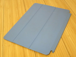 Original Authentic Apple iPad AIir 1 or 2 Smart Cover Blue - MGTQ2ZM/A  - $21.36