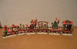 Danbury Mint Beagle Dog Christmas Express Train In Original Styrofoam Box - $197.99