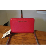 Authentic Michael Kors Jet Set Small ZA Card Case Bright Red Leather NWT - $54.44