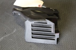 00-06 Mercedes Cl Class Driver Side Radiator Bracket Vent Cover C245 - $39.60