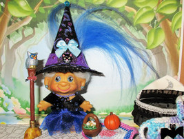 "WITCH 3"" + ACCESSORIES Troll Doll 1960s Halloween vintage broom hat bat ... - $68.31"