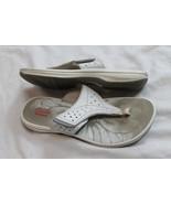 Clarks Brinkley Thong Sandal Flip Flops White Size 7 adjustable  - $14.85