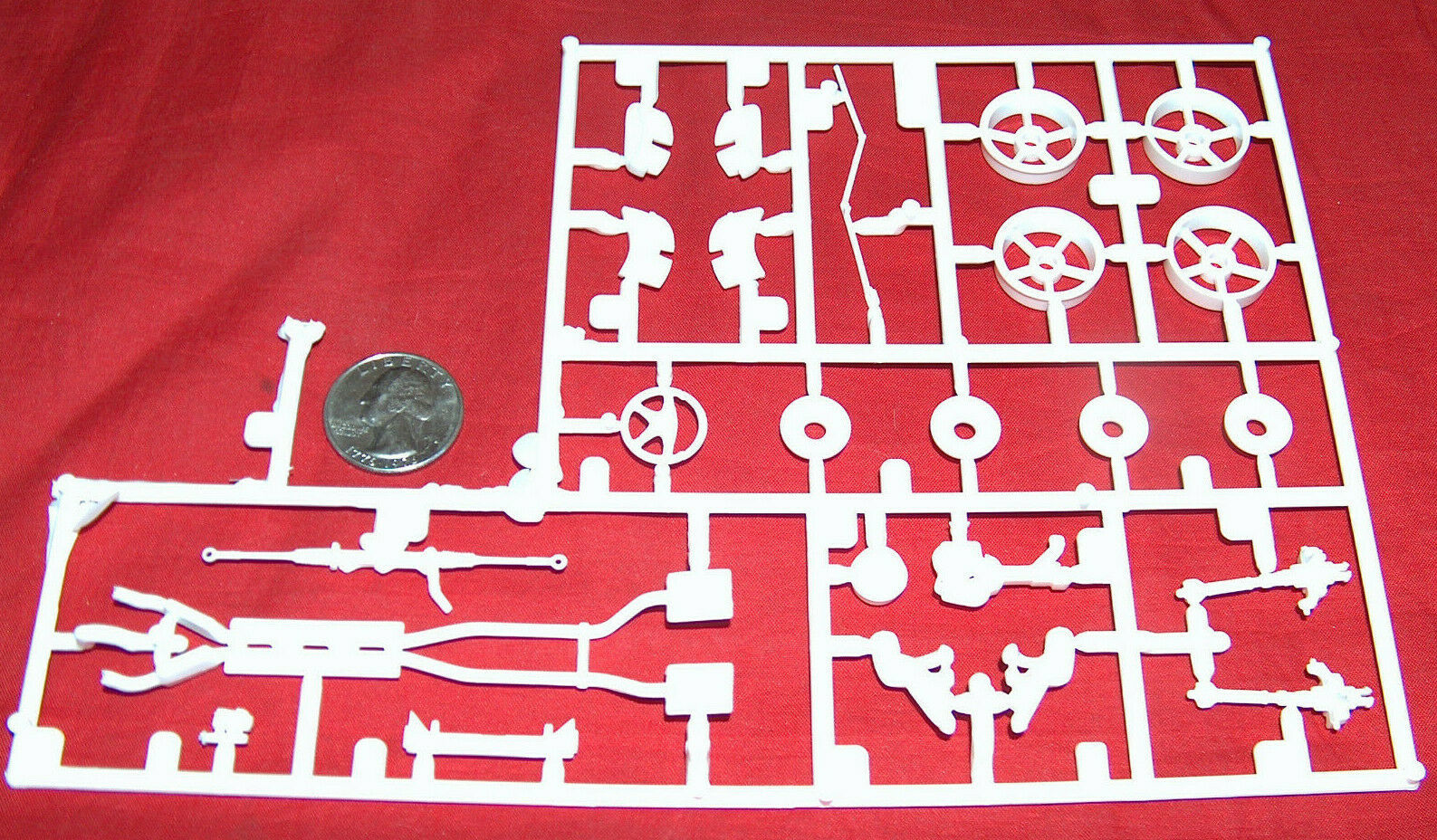 2004 Revell 1/25 Kit 2534 Shelby Series 1 Skill 2 OEM Replacement White Car - $12.08