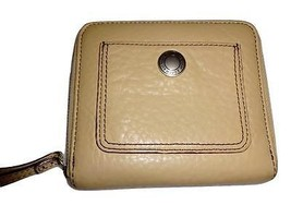 COACH CHELSEA ~ Beige Soft Pebbled Leather Medi... - $28.49
