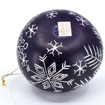Handcrafted Carved Gourd Art Winter Snowflake Ornament Made in Peru image 5