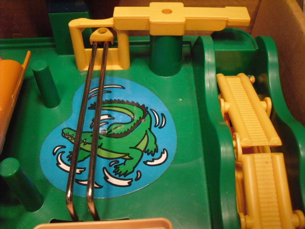 1991 TOMY SNAFU - Maze Board Game image 3