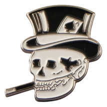 Smoking Skull Metal Enamel Lapel Pin Badge Lapel /tie Pin Badge 3d effect