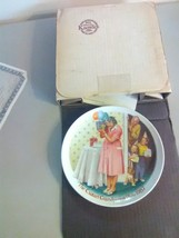 "Edwin Knowles Collector Plate ""The Csatari Grandparent Plate 1987"" - $4.59"