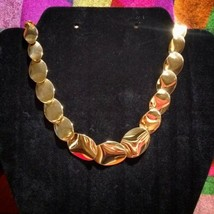"Vintage Gold Tone Nina Ricci For Avon Runway Necklace 16"" - $43.66"