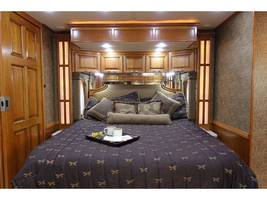 2012 Newmar MOUNTAIN AIRE 4344 Used Class A For Sale In Leesburg, VA 20176 image 11