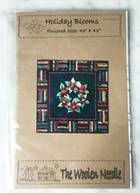 """Holiday Blooms Quilt Pattern - Poinsettia Wreath Rail Fence Border 43"""" x... - $9.45"""