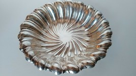 Silver Plated Swirl Fluted Serving Bowl Candy Dish or Centerpiece - $9.50