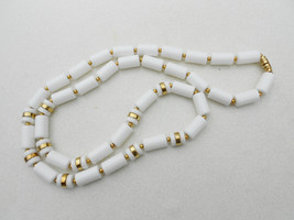 "Necklace white barrel bead necklace 1970s vintage jewelry 2"" long barrel screw c - $24.00"