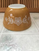 Vintage Pyrex # 402 Butterfly Gold 1 1/2 Quart Mixing Nesting Bowl   - $25.23