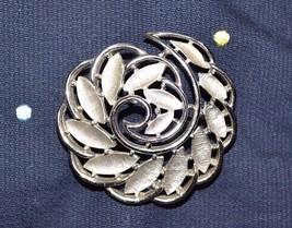 "Superb Trifari Silver Tone Raised Nautilus Fibonacci Leaf Swirl 2"" Brooch Pin - $8.21"