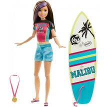 Barbie Dreamhouse Adventures Skipper Surf Doll w Surf Board + Accessorie... - $24.99