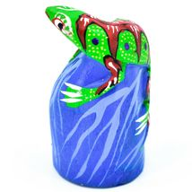 Handmade Oaxacan Copal Wood Carving Painted Folk Art Iguana and Rock Figurine image 3