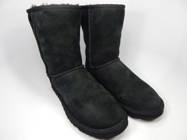 UGG Australia Classic Short Sheepskin Black Boots Size 8 M (B) EU 39  Model 5825