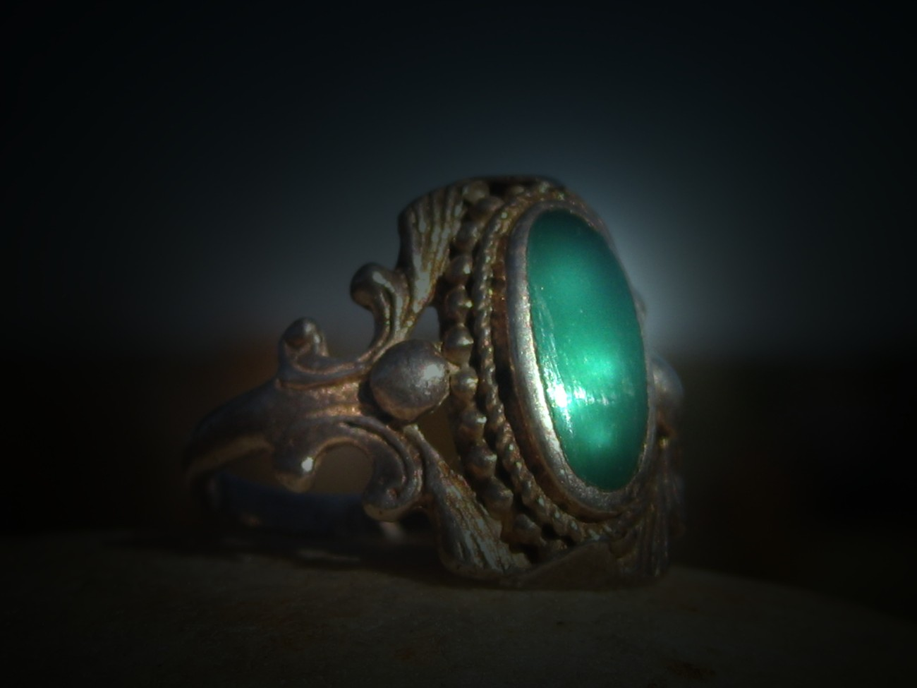 FOREVER YOUNG~FOREVER BEAUTIFUL RING FROM EBONY MANOR WITCH ESTATE!