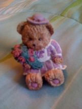 Cute little teddy bear with Bouguet of roses - $7.99