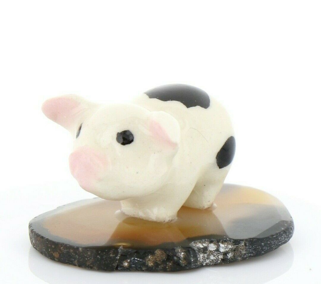 Hagen Renaker Miniature Pig Standing on Base Stepping Stones Figurine #2711