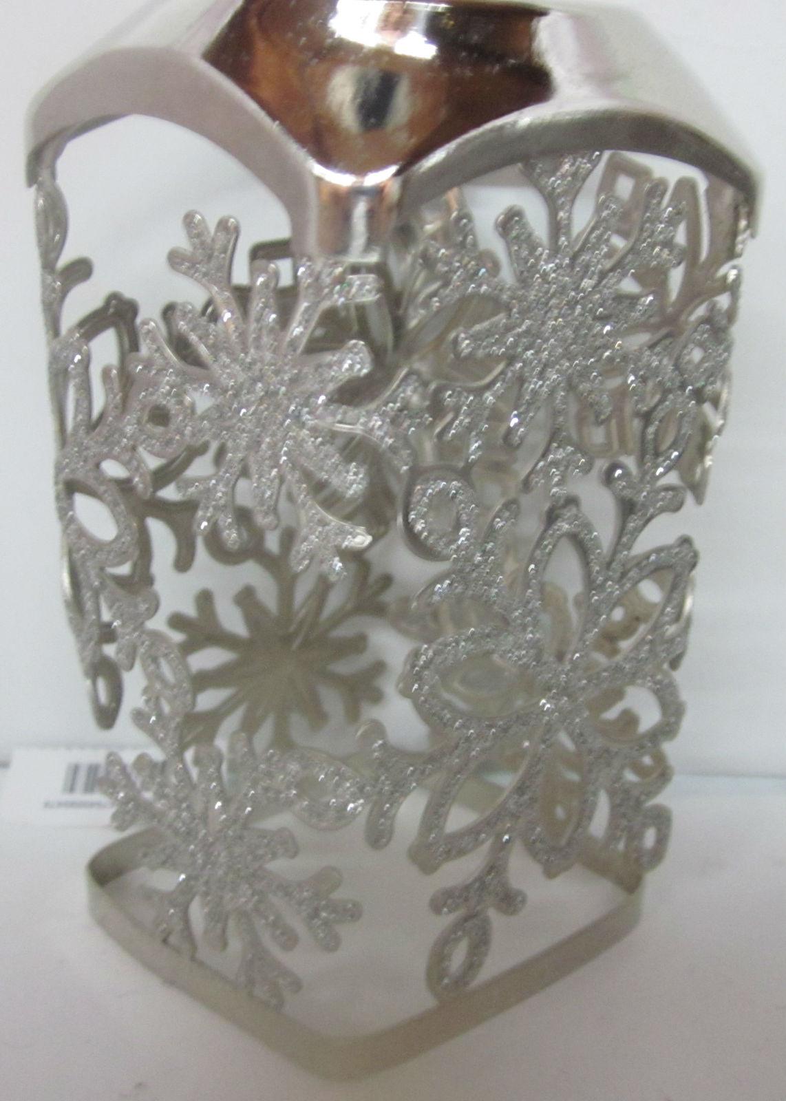 Bath & Body Works Gentle Foaming Hand Soap Sleeve Holder Glitter Snowflakes image 2