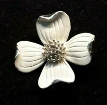 Vintage Signed GERRY'S Flower Enamel Ivory Gold Tone Metallic Brooch Pin EUC - $15.88