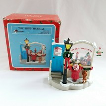 House Of Lloyd Toy Shop Musical Christmas Around World Battery Compartme... - $29.99