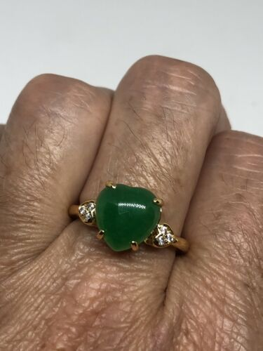 Primary image for Vintage Green Jade Heart Ring Golden Rhodium Size 7.75