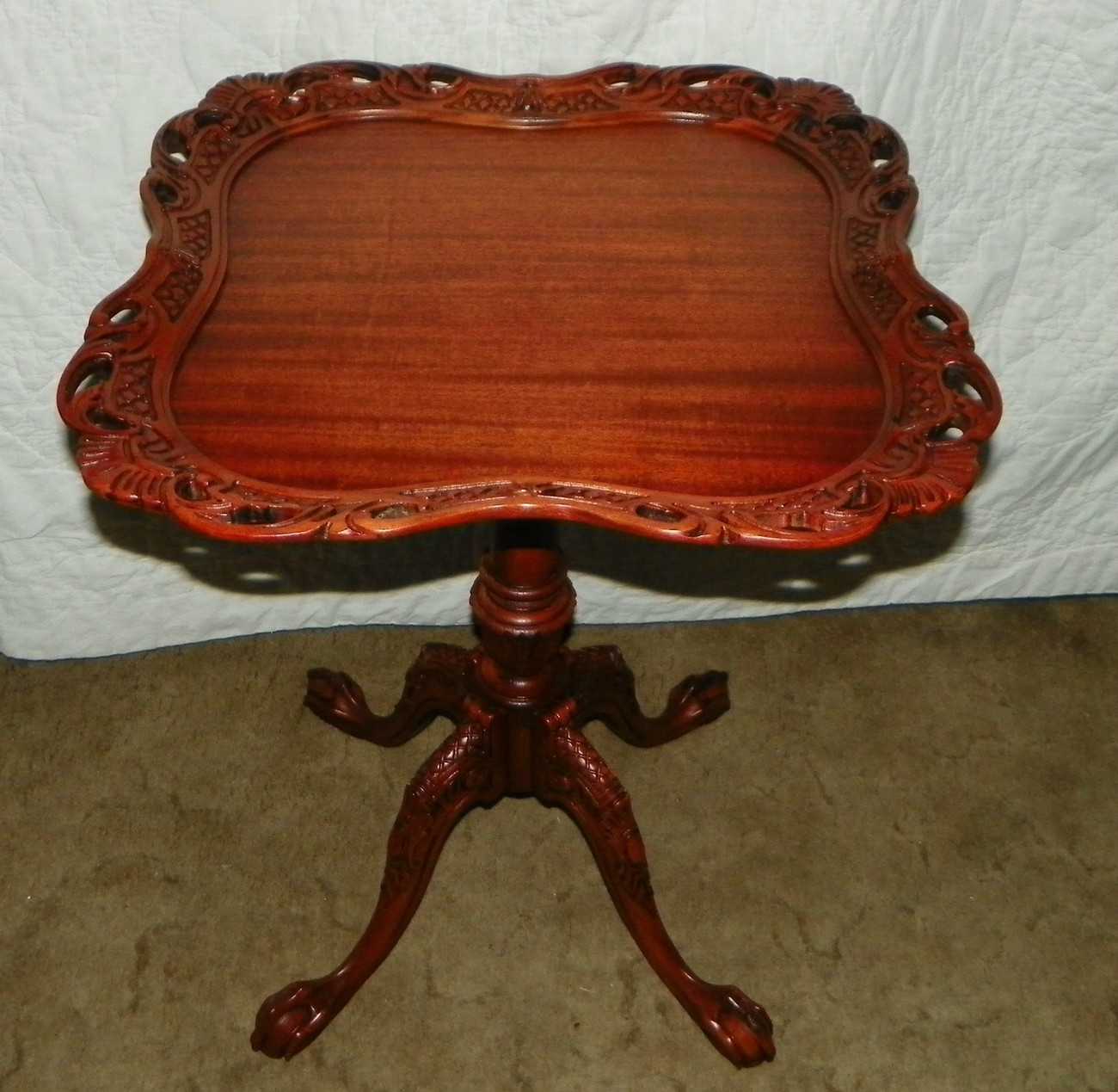 Mahogany Carved Lamp Table with Ball and Claw Chippendale Feet  (T287)