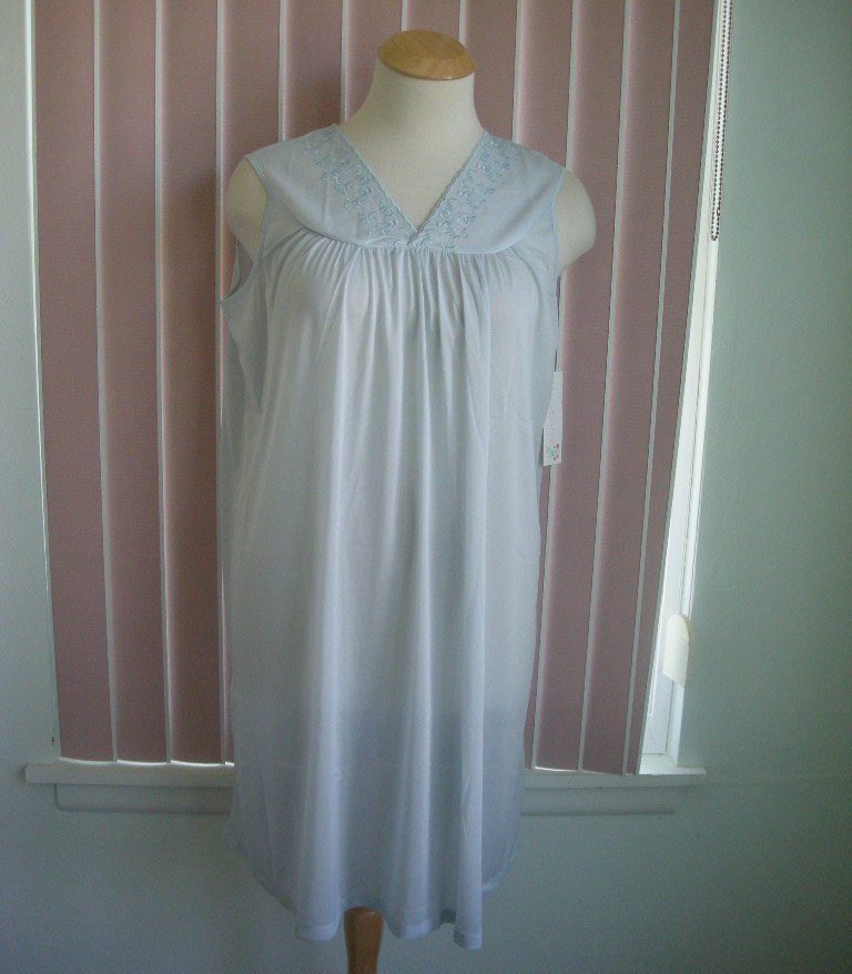 Primary image for Moon Dance 100% Nylon Nightgown SZ L