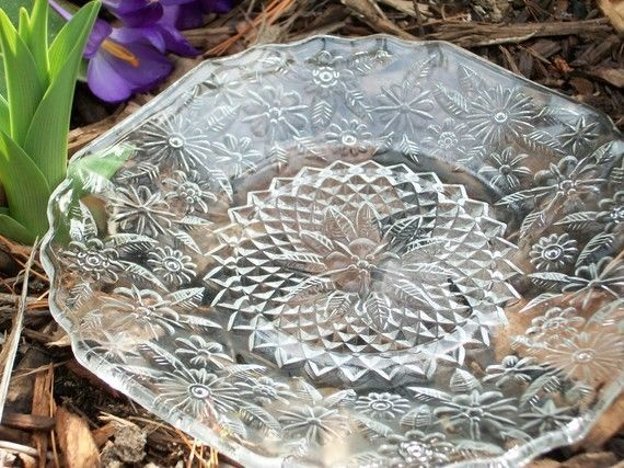 Clear Luncheon Plates w Flowers Depression Glass Pressed Glass Pineapple and Flo