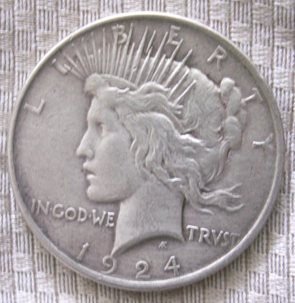 Primary image for 1924 P 90% Silver Peace Dollar XF+ condition. Free shipping