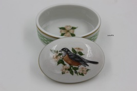 Limoges Songbirds of Springtime Song Robin & Dogwood 3rd issue. Enesco box - $45.00