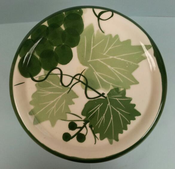 Designpac Canister Grapes and Leaves Pottery - Green by Designpac inc.- Set of 2