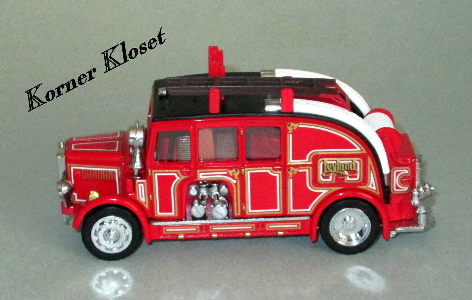 Matchbox 1936 Leyland Cub FK-7 Fire Engine & Escape Ladder-Fire Engine Series
