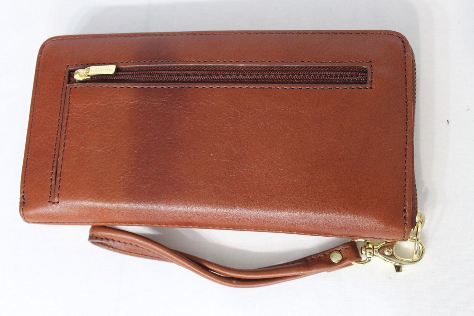 NWT! Fossil Sydney Zip Clutch Natural Multi. Leather Brown Color with Gold Trim