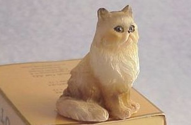 Pet Persian CAT Dollhouse Miniature HOXZ565T tan-wh Heidi Ott sitting 1:12 NRFB