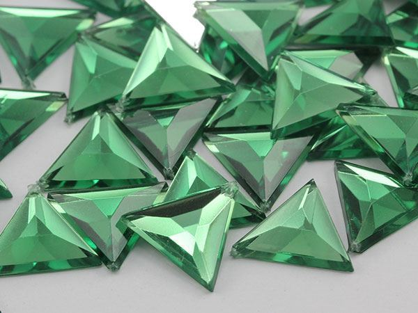 13mm Green Peridot .PD Flat Back Triangle Acrylic Gemstones - 50 Pieces