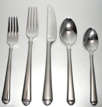 Gorham CROWN TIP 5 Piece Place Setting 18/10 Stainless Flatware New Boxed - $36.90