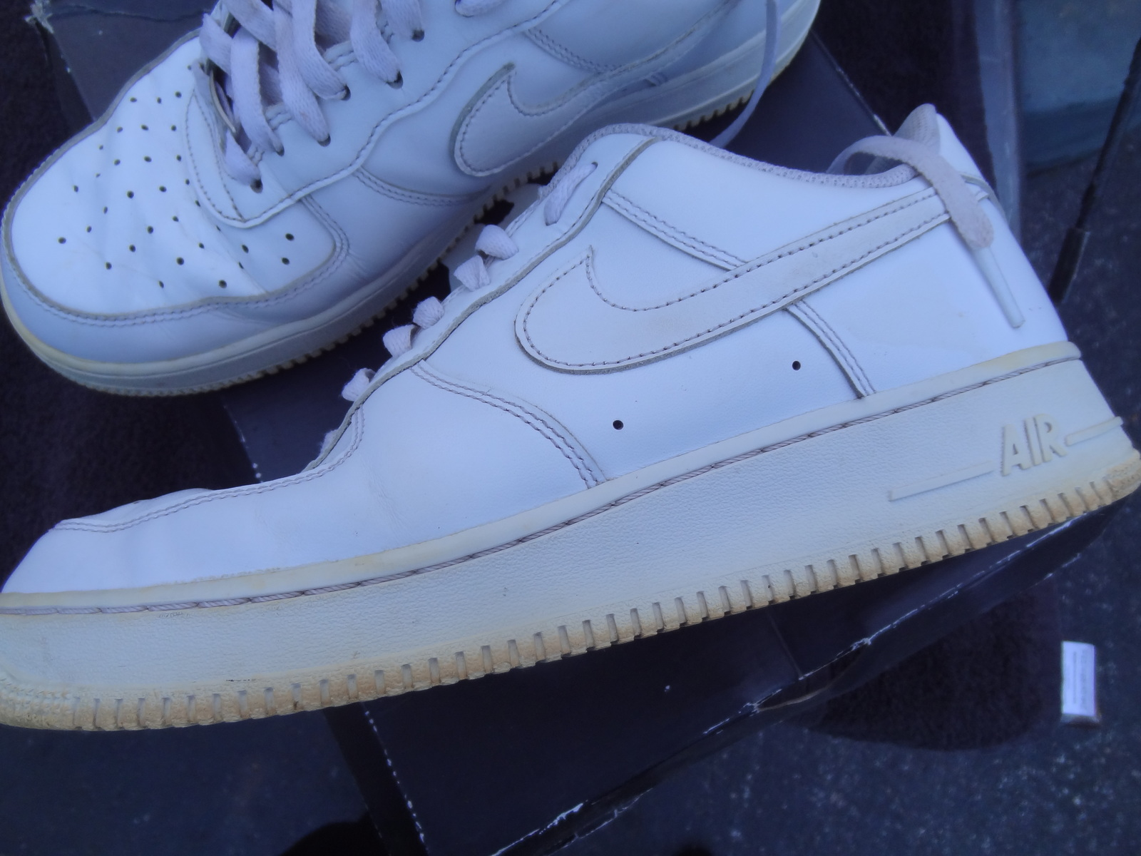 low priced 830a2 16a21 NIKE MEN S SIZE 10 AIR FORCE 1 2014 AF1 LOW WHITE 315122-111 USED