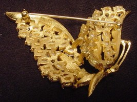 Rare vintage crown trifari egg faux pearl enchantment butterfly brooch6 thumb200