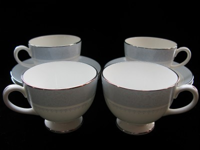 Primary image for Wedgewood Cup & Saucer Sets - Mayfair - 3 Sets + extra cup