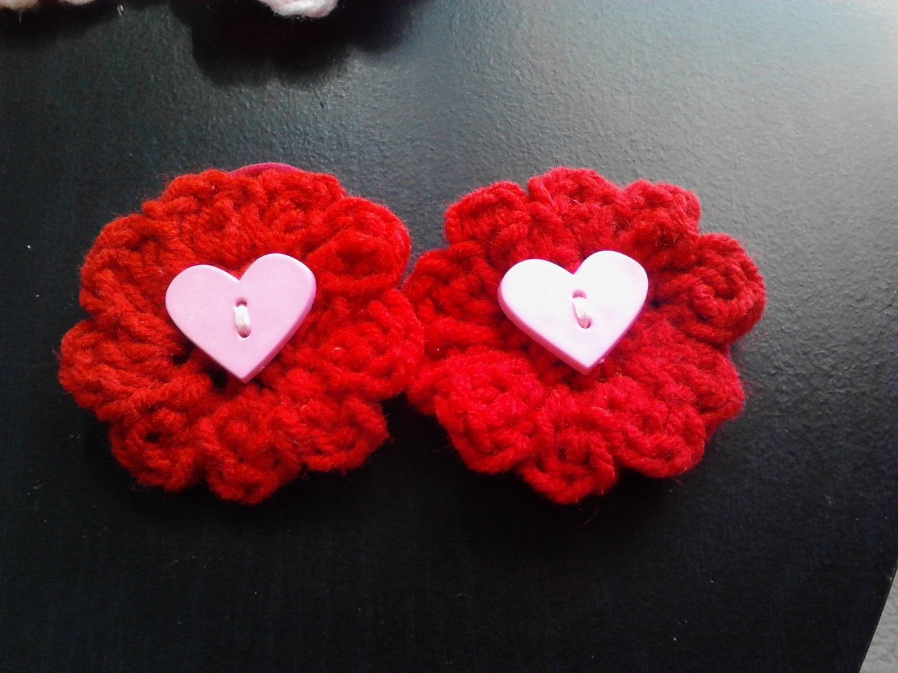 Crochet Heart Pony Tail Holders/3