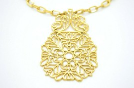 CROWN TRIFARI Modern Gold Tone Floral Openwork Pendant Necklace Vintage - $49.49