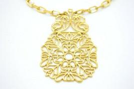 CROWN TRIFARI Modern Gold Tone Floral Openwork Pendant Necklace Vintage - $49.49