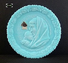 Fenton Blue Satin 1971 Mothers Day Plate Mib No. 2 - $11.95