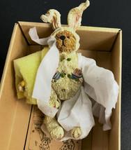 Boyds Bears Momma Grizberg - # 3211 - Egg Decorator - Shoe Box Bear Easter - $14.50