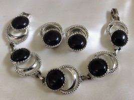 Vtg Sarah Coventry Silver Tone Metal & Black Lucite Bracelet & Earring Clip Set - $51.48